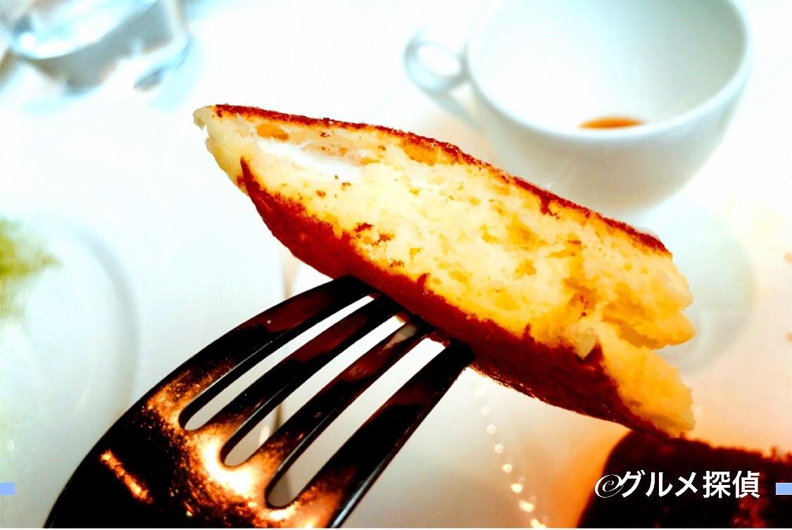 【グルメ探偵】きったパンケーキ