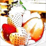 ハート型の白いちごが可愛い!タカノフルーツパーラーの初恋の香りパフェ